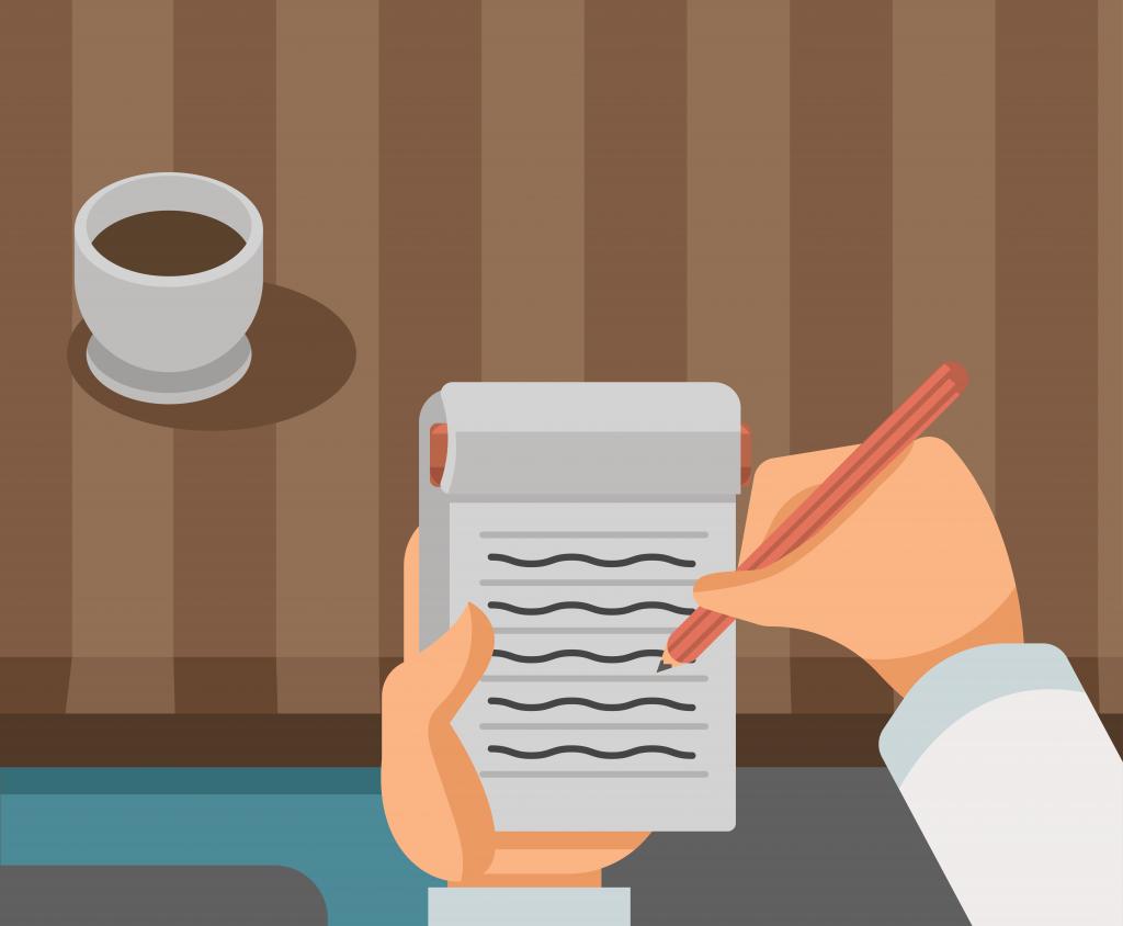 Mãos de uma pessoa segurando bloco de notas e lápis e fazendo anotações. Há uma xícara de café sobre a mesa.